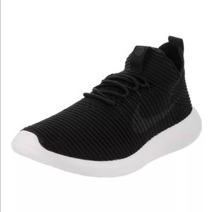 Nike Shoes - NWB Nike Roshe Two Flyknit Running Shoes